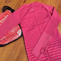 Brand New Lululemon Pink Stripe Swiftly Tech Top! Brand new w/ tags attached! Amazing swiftly top in pink stripes with the Lululemon logo from and center. Plenty of stretch, thick yet light enough for warmth, and of course designed for comfort and movement. Last two pics are stock pics so you can gauge the fit. Comes with original Lulu bag received when purchased. Go ahead and make me an offer! lululemon athletica Tops