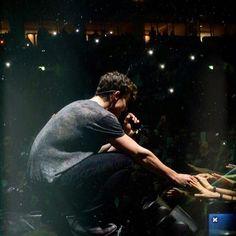"""986.8 mil Me gusta, 10.7 mil comentarios - Shawn Mendes (@shawnmendes) en Instagram: """"❤️"""""""