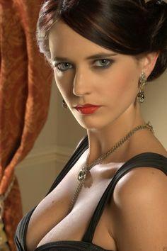 James Bond Girls: ••Eva Gaëlle Green•• Vesper Lynd in Bond#22 2006 Casino Royale (alongside the unfortunate choice of Daniel Craig's for his 1st Bond – still better than biggest Bond loser TDalton 1987 LD & GLazenby 1969 OHMSS), b. 1980 Jul5 (age 35 in 2015, age 26 in Bond); French/Swedish dad & Fr/Algerian mom • big career incl. Ridley Scott Kingdom of Heaven (2005) prior to Bond + Camelot (2011 tv series) + Artemisia in 300 (sequel 2014) • https://en.wikipedia.org/wiki/Eva_Green