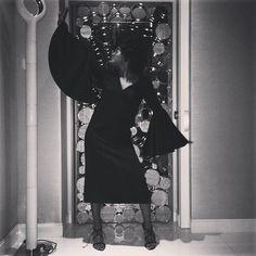 #GiovannaBattaglia Giovanna Battaglia: Strike a pose @solangefranklin #batgio35