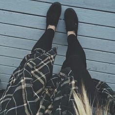 Black on black with a flannel tied around the waist, so perf