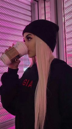 Edgy Outfits, Cute Casual Outfits, Girl Outfits, Girl Pictures, Girl Photos, Cute Girls, Cool Girl, Maggie Lindemann, Insta Photo Ideas
