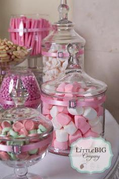 Girl Wallpaper- images of little big company beautiful pink candy buffet for a special girl wall. Pink Candy Buffet, Candy Table, Bar A Bonbon, Cake Makers, Dessert Buffet, Pink Dessert Tables, Wedding Candy, Special Girl, First Holy Communion