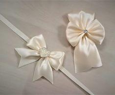 Reveri i narukvice - Merry weddings Wedding Preparation Checklist, Corsage Wedding, Wedding Pins, Weeding, Kai, Merry, Bridal, Gift, Rompers