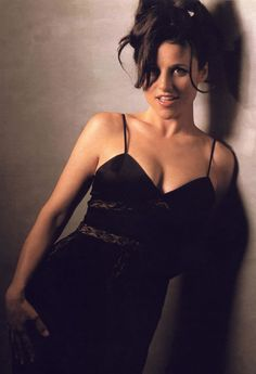 Julia Louis-Dreyfus Towson's contribution to Hollywood with her TALENT Beautiful Celebrities, Beautiful Actresses, Gorgeous Women, Beautiful People, Pretty People, Hollywood, Julie Campbell, Julia Louis Dreyfus, Jolie Photo