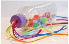 Inspiração e um passo a passo para fazer uma garrafa sensorial para o bebê