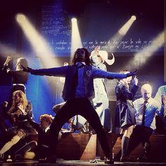 Escenas del musical Despertar De Primavera Venezuela #BroadwayEnEspanol