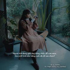 """Hạ Vũ - Since 2016 on Instagram: """"Người trời đang yên ắng, bỗng chốc đổ cơn mưa. Em cười tươi như nắng, anh đã đổ em chưa? . 〰️ Đừng quên follow @_havu.quotes để đọc thêm…"""" Girl Quotes, Me Quotes, Qoutes, Status Quotes, Caption Quotes, Deep Words, Photo Tips, Crushes, This Or That Questions"""