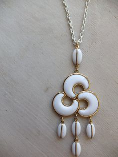 vintage modernist necklace pendant mod white lucite by lovegrade, $24.00
