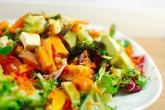 Ofengemüse-Salat mit Honig-Senf Dressing, vegan
