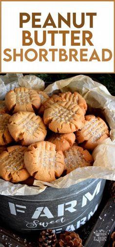 Crinkle Cookies, Butter Shortbread Cookies, Yummy Cookies, Best Shortbread Cookie Recipe, Xmas Cookies, Christmas Baking Ideas Cookies, Christmas Shortbread Cookies, Easy Christmas Baking Recipes, Healthy Christmas Cookies