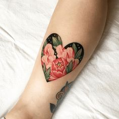 Awesome Color Tattoo Heart Design