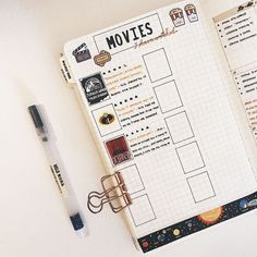 Are you looking for creative movie tracker spreads for your bullet journal? Ive rounded up 27 bullet journal movie trackers. Bullet Journal Films, Bullet Journal Netflix, Bullet Journal Writing, Bullet Journal Tracker, Bullet Journal Aesthetic, Bullet Journal Spread, Bullet Journal Layout, Journal Pages, Journal Ideas
