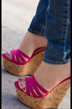 ♡ Legs, Heels ♡ #coolshoeshighheels #highheelslegs #hothighheelslegs