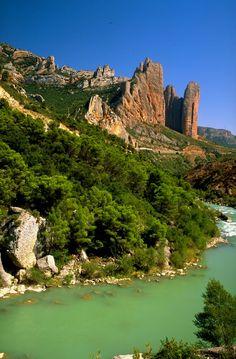 Los Mallos de Riglos - Aragón Alto Spain