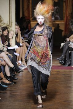 Vivienne Westwood  SPRING/SUMMER 2010  READY-TO-WEAR