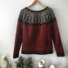 different hand knitting styles - Knitting Techniques Fair Isle Knitting, Hand Knitting, Knitting Patterns, Icelandic Sweaters, Wool Sweaters, Crochet Crafts, Knit Crochet, Christmas Knitting, Pulls