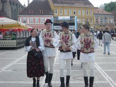Traditional Romanian folk costumes are worn for holidays, special events, and folk dances. Each area has its own style of dress. Romanian Men, Folk Costume, Costumes, City People, Folk Dance, The Beautiful Country, Traditional Outfits, Special Events, Fashion Dresses