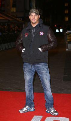 Tom Hardy Photos - Jack Reacher - World Premiere - Red Carpet Arrivals - Zimbio