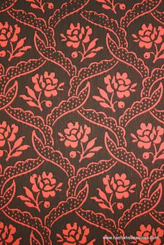 1940's Vintage Wallpaper Black lacy lattice with Red flowers.