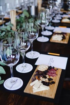 event styling | wine tasting party Wine Tasting Events, Wine Tasting Party, Tasting Table, Wine Tasting Glasses, Wine Tasting Outfit, Wine And Cheese Party, Wine Cheese, Wein Parties, Wine Dinner