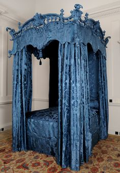 Dumfries House, Pure silk narrow width damask for the restoration of the Chippendale Bed, in the same blue found also at Duff House Scotland and Stourhead (@nationaltrust). The design was taken from the remaining fragments discovered on a chair at the house, thought to be the original covering. The design was also found in the Humphries Archive & redrawn to recreate the design. @Dumfries1754 #Chippendale #bed #bue #silk #damask #fabric #weaving #design http://www.humphriesweaving.co.uk
