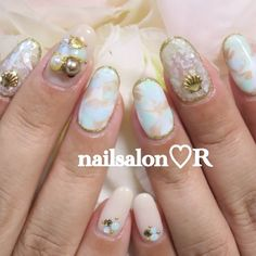 Winter shell nails