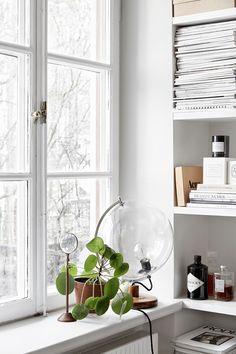 josefin hååg fantastic frank built-in shelf globe ems designblogg