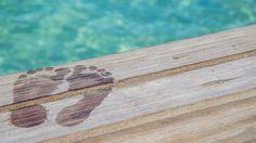 Happy feet in Aruba!