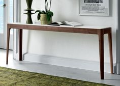 Porada Ziggy Console Table