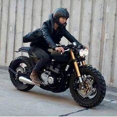 JPmotorcyclehelmet: Motorcycle Helmets, Parts & Accessories Cafe Bike, Cafe Racer Bikes, Cafe Racer Motorcycle, Motorcycle Garage, Motorcycle Design, Bike Design, Girl Motorcycle, Motorcycle Outfit, Motorcycle Parts