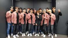 #SEVENTEEN #HARU #HANA Seungkwan, Wonwoo, Jeonghan, Hip Hop, Rain Jacket, Bomber Jacket, I Love You Baby, Big Group, Pledis 17