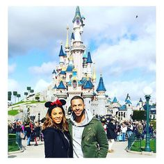 Pin for Later: 55 British Celebrities You Should Be Following on Instagram Rochelle Humes @rochellehumes | 901k followers Rochelle posts cute family photos with husband Marvin, food snaps, and outfit photos.