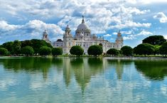 Take an exciting private tour with a professional tour guide through the bustling and energetic city of Kolkata. View the Victoria Memorial and the giant Eden Gardens cricket stadium as you see historic and modern Kolkata. Kolkata, Mumbai, French Balcony, Victoria Memorial, Flights To London, India Gate, Visit Victoria, Rural India, Most Romantic Places