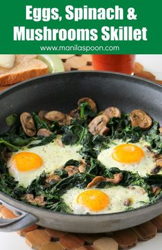 A delicious breakfast or brunch dish - Eggs, Spinach and Mushrooms Skillet. All done on the stove top. Naturally nutritious, low-carb, paleo-friendly and gluten-free! High Protein Vegetarian Recipes, Veggie Recipes, Low Carb Recipes, Cooking Recipes, Healthy Recipes, Protein Veggie Meals, One Skillet Meals, One Pot Meals, Egg Skillet