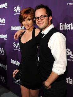 Allison Scagliotti Photos - Actors Allison Scagliotti and Neil Grayston attend the EW and SyFy party during Comic-Con 2010 at Hotel Solamar on July 2010 in San Diego, California. - EW and Syfy Celebrate Comic-Con Eureka Tv Series, New Tv Series, Best Series, Claudia Donovan, I Movie, Movie Stars, Allison Scagliotti, Fantasy Tv, Warehouse 13