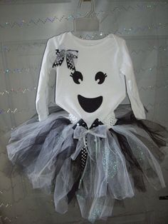 Spooktacular Ghost Tutu Halloween Outfit or Costume by CuteyPatoot Disfarces Halloween, Little Girl Halloween Costumes, Toddler Costumes, Baby Costumes, Halloween Outfits, Ghost Costumes, Fantasias Halloween, Kids Outfits, Ideas