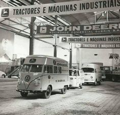 184 vind-ik-leuks, 2 reacties - @vw_junkies (@vw_junkies) op Instagram: 'Some old John degre logo buses ___________ #vw #volkswagen #vwbus #splitwindowbus #splitbus #type2…'