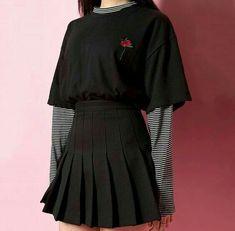 Stylish ideas on korean fashion outfits 710 Edgy Outfits, Korean Outfits, Grunge Outfits, Cool Outfits, Fashion Outfits, Fashion Skirts, Korean Street Fashion, Asian Fashion, Korean Girl Fashion