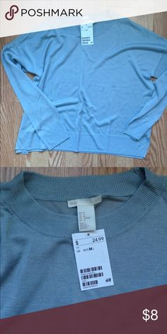 H&M BASIC LONG SLEEVE BLUE TEE Long sleeve tee from h&m!! Fabric is super soft and super comfy tee. Looks adorable and color is so nice.. H&M Tops Tees - Long Sleeve