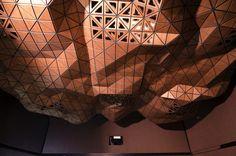 Simontech's Dynamic Suspending Ceiling #materials #freeform #organic #parametric #wood #flexible #design #innovation #digital #architecture #cladding #startup #milan #design #interior #interiordesign #installation #woodskin #dynamic #ceiling