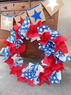 Easy July 4th wreath - sooo easy grapevine wreath and paper napkins! by Cathlondon