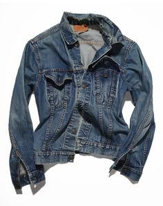 I have always wanted one of these! - vintage levis mens denim jacket