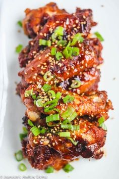 Korean Chicken Wings, Cooking Chicken Wings, Chicken Wings Spicy, Chicken Wing Recipes, Gochujang Chicken, Gochujang Recipe, Best Korean Food, Oven Baked Chicken Thighs, Kitchens
