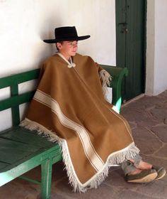 Poncho Nogal Natural