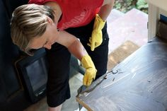 Applying the concrete to the sides of the countertops
