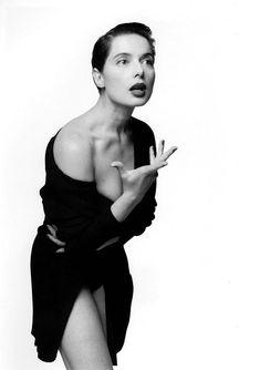 Isabella Rossellini, fashion photo in the Roberto Rossellini, Isabella Rossellini, Ingrid Bergman, Swedish Actresses, Italian Actress, Jane Fonda, Female Poses, Film Director, Glamour