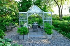 In my book about Scandinavian gardens you will - of course - also see danish gardens. Here Pia Ribers garden at Møn. Veg Garden, Glass Garden, Edible Garden, Garden Art, Garden Sheds, Scandinavian Garden, Free Standing Pergola, Greenhouse Shed, Pergola Garden