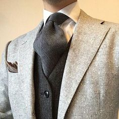 Some interesting thick textures going on here. Even the pocket square follows suit.