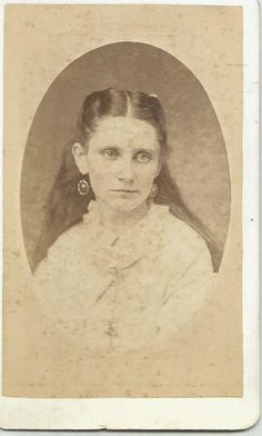 CDV of a young lady in Atlanta taken by Smith & Motes
